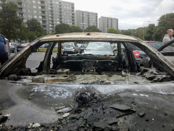 Two arson suspects held over West Sweden car fires