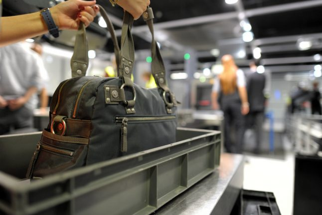 20 snakes found in hand luggage of man flying from Düsseldorf