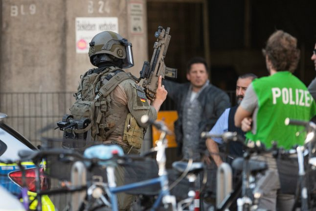 Update: Police report end to hostage situation at Cologne's Hauptbahnhof