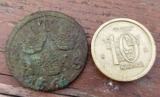 Swedish 10-year-olds find 17th century coin in sandpit