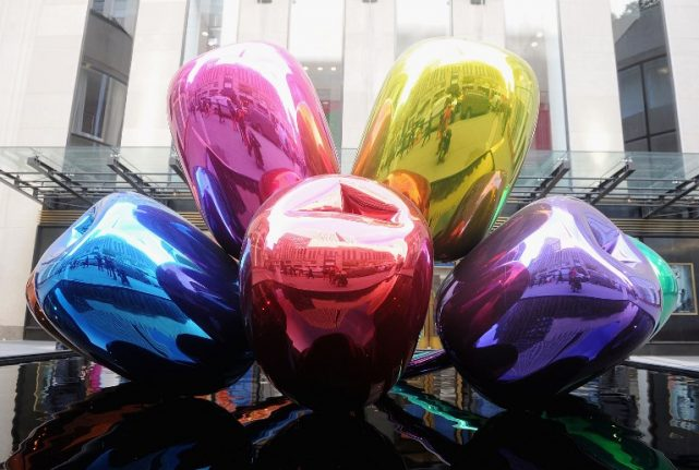 Paris finally finds home for gift by American artist Jeff Koons
