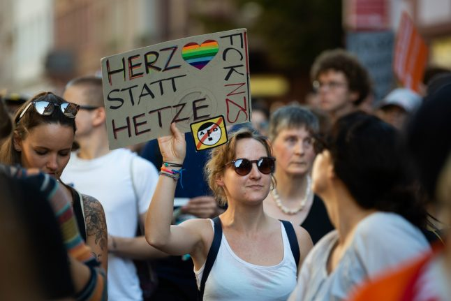 Hundreds of protesters demonstrate against the AfD in Frankfurt