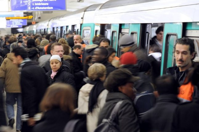 Is free public transport really a possibility in Paris?