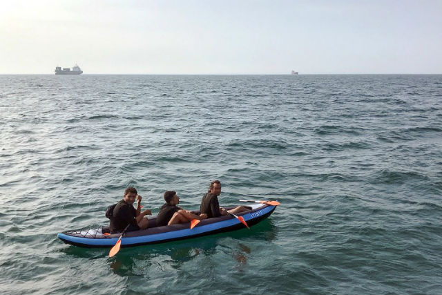 Five migrants picked up trying to cross English channel