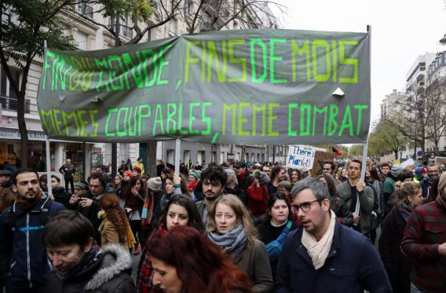 Online petition for climate change lawsuit against French government receives record support