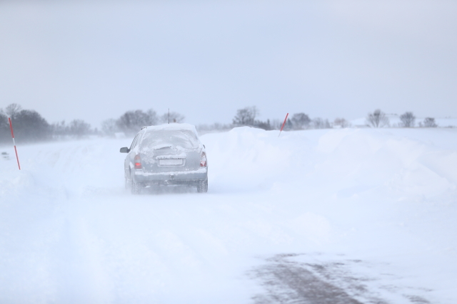 Drivers urged to take care as snow flurries move in