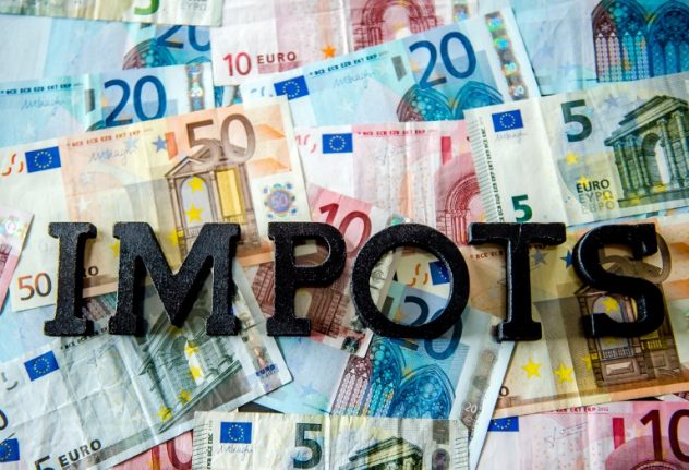 French government on tenterhooks as new income tax regime rolls in