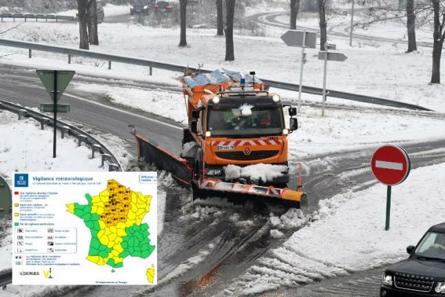 France issues weather alerts with snow on the way