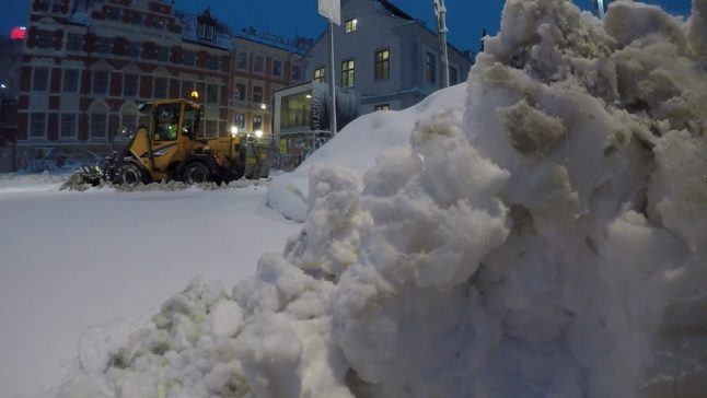 Sweden's cold snap disrupts flights and public transport