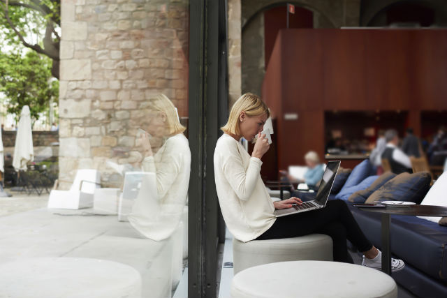 How to make a success of working alone in France