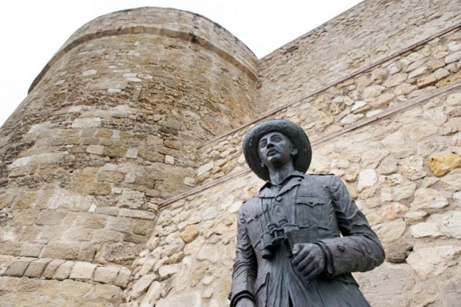 Spanish councils ordered to remove Franco symbols once and for all