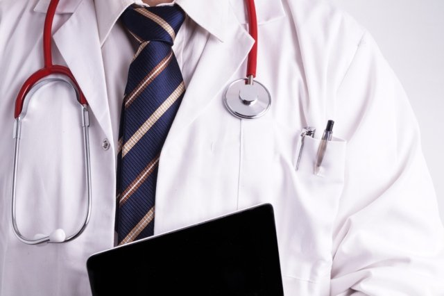 Swiss MPs backtrack on plans to hike out-of-pocket health care costs
