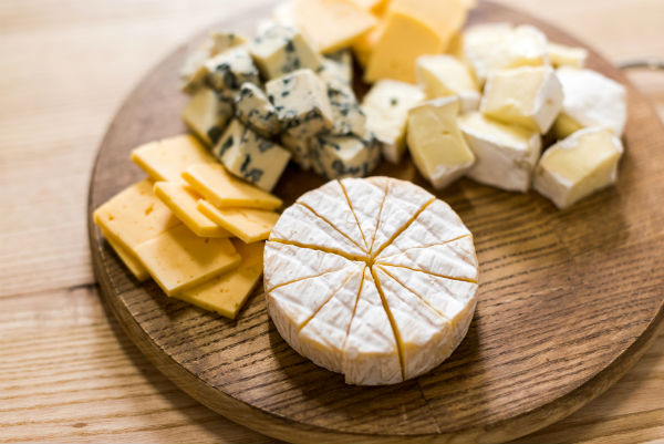 Say CHEESE! These are the 15 best Spanish quesos