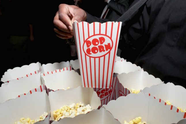 French film blog: Why people don't eat at the movies in France