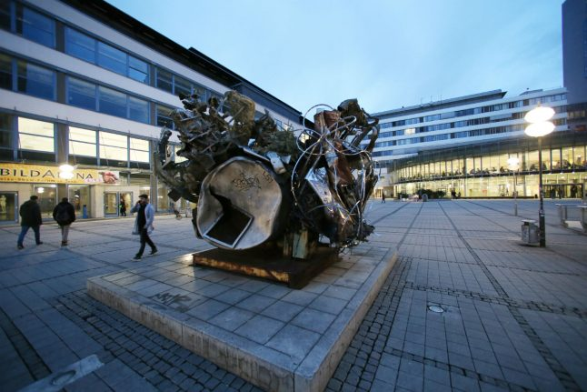 EXPLAINED: How (and where) to enroll in a Master's program in Germany