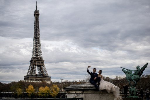 No, a quickie marriage in France won't save you from Brexit