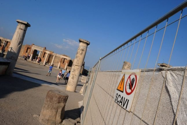 British tourist arrested for stealing Pompeii mosaic tiles