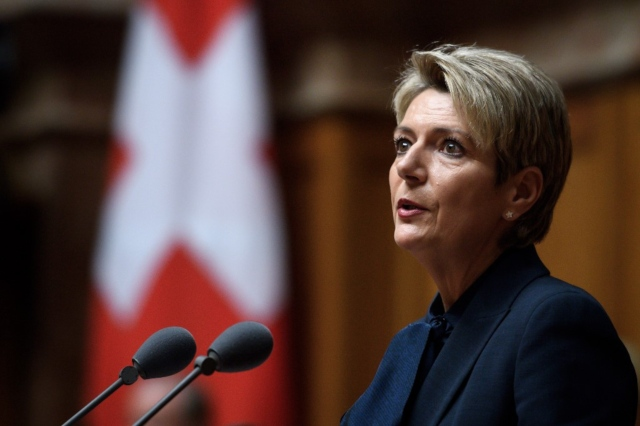 Swiss government unveils new measures favouring Switzerland-based workers