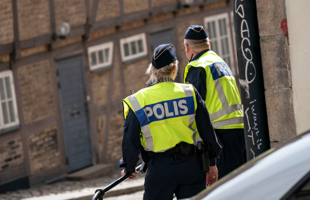 Man held over knife attack on Jewish woman in Sweden