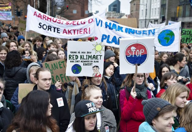Danish opposition split over future climate laws