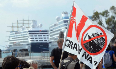 New calls for Venice to ban cruise ships after harbour crash