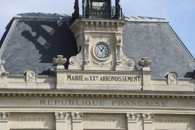 Why taking classes at your local Town Hall could be the key to mastering French