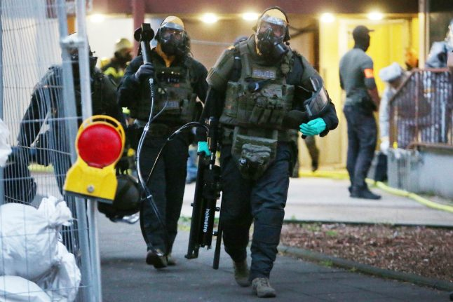 Update: Cologne couple in court over 'biological bomb plot'