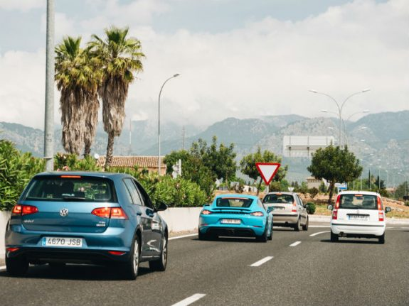 The key step-by-step guide for importing a car into Spain