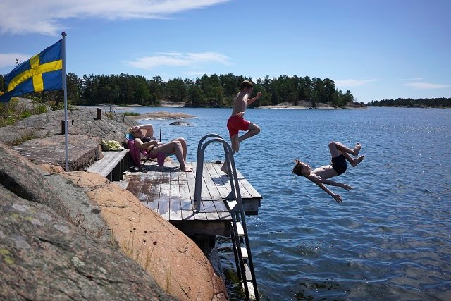 Stay safe in Sweden's heatwave: Here's what you need to know