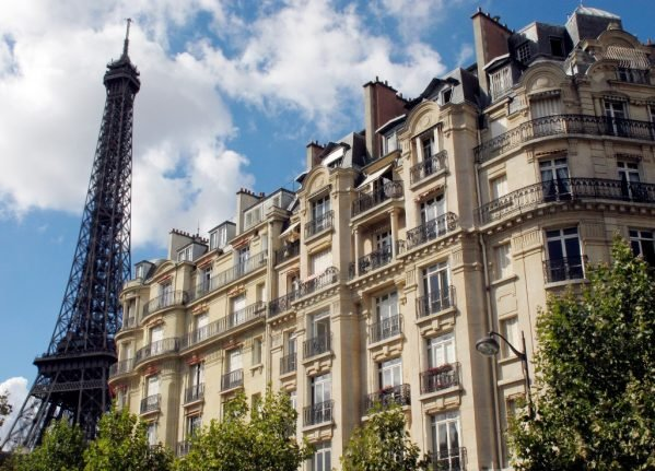 FOCUS: Is Airbnb really driving families out of Paris?