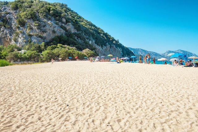 Sand stolen by tourists returned to Sardinian beaches