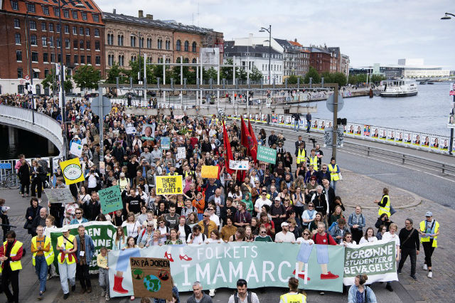Danish party calls for climate marchers to protest Trump visit