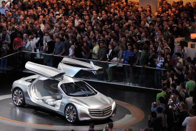 Stripped-back auto show highlights German car industry woes