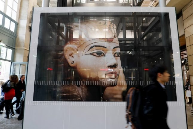 Paris Tutankhamun exhibition sets new all-time French record for visitors