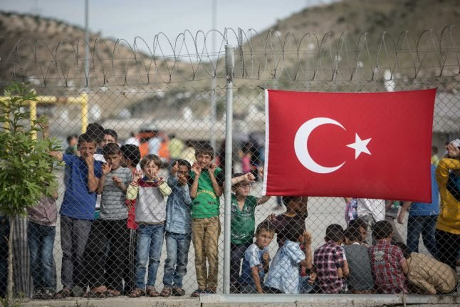Seehofer: Germany 'ready to help' Turkey, Greece after new spike in refugee arrivals