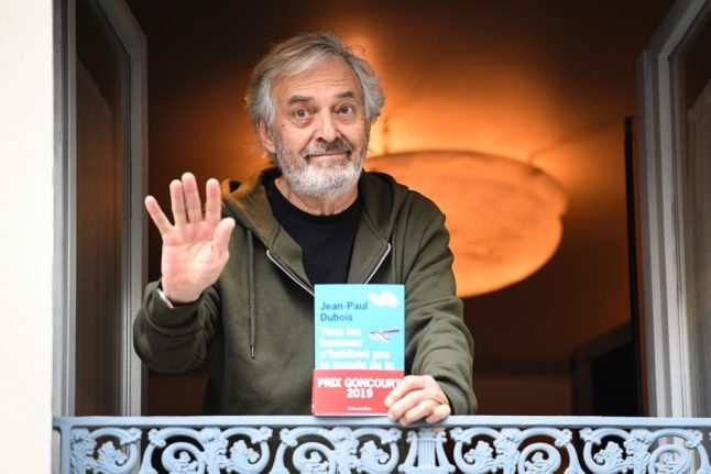 France's top literary prize goes to novel about prisoner having imaginary conversations with the dead