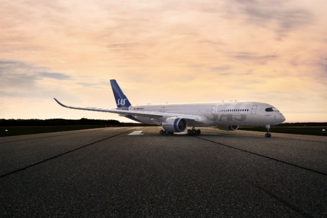 Denmark appoints airline exec to cut flight emissions