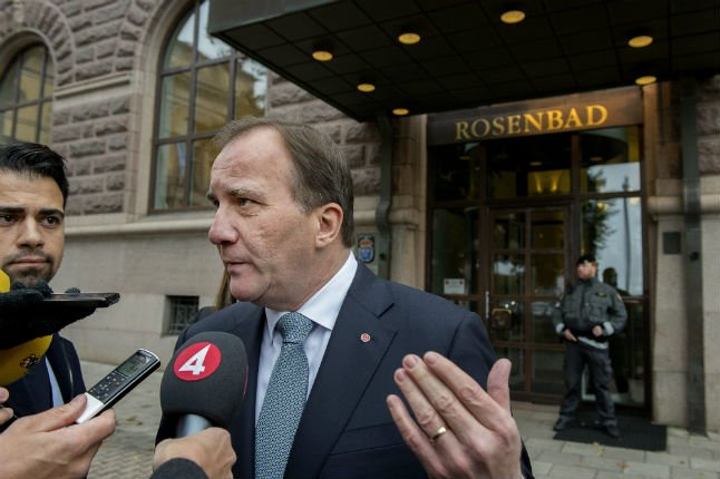 Six Glock-17 pistols stolen from building where Swedish PM works