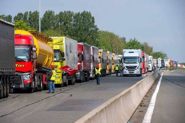 One thousand truck drivers block motorways across France in diesel protest