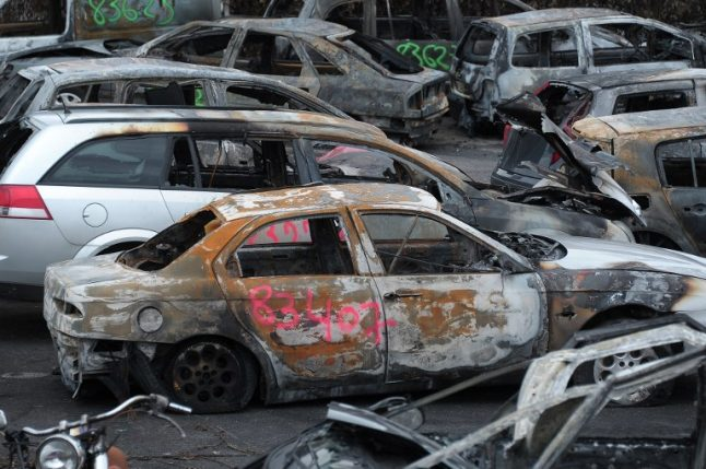 Why are hundreds of cars burned in France on New Year's Eve?