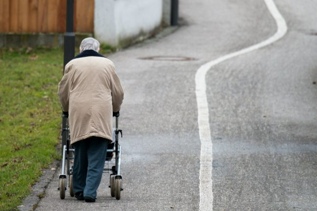 Half of all Germans 'worry about old-age poverty'