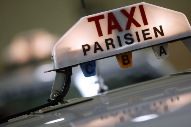 What you need to know about taking a taxi in Paris