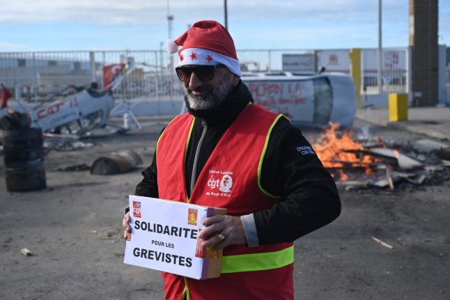 Disruption to December 25th transport services as no break in French strikes