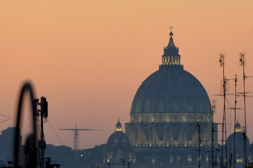 Rome extends diesel car ban as 'smog emergency' continues