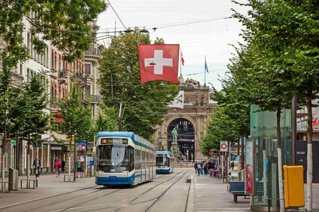 'Everything is expensive': What worries you the most about life in Switzerland