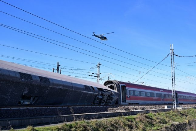 Italy: Two dead and dozens injured as train derails near Milan
