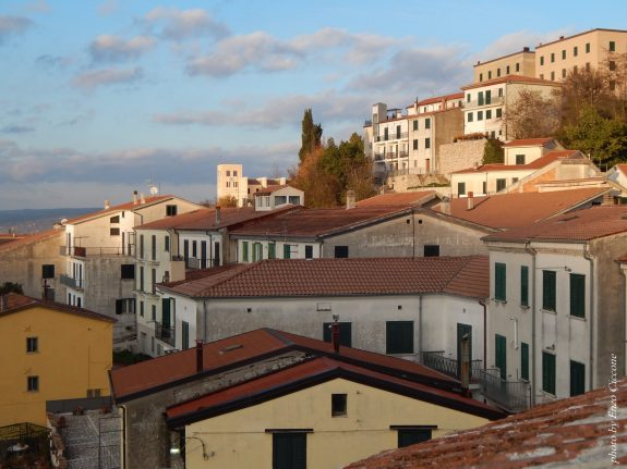 Will this town in southern Italy really pay your rent if you move there?