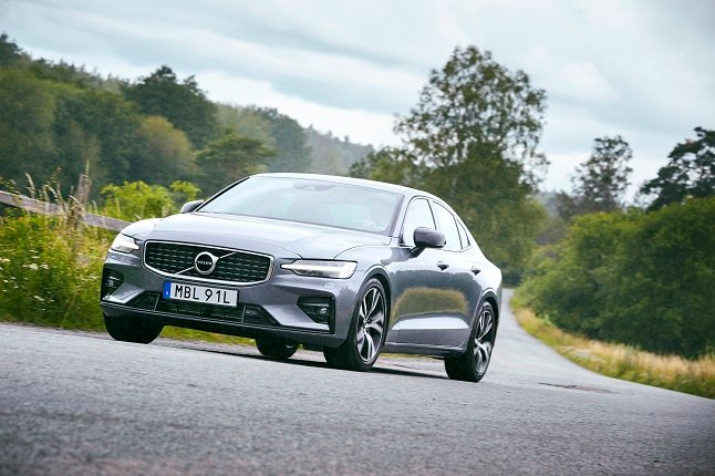 Volvo breaks sales record for sixth consecutive year