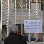 Coronavirus: Madrid closes museums as death toll rises to 54
