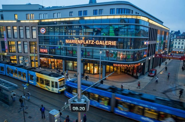 Coronavirus: Germany orders closure of non-essential shops and playgrounds